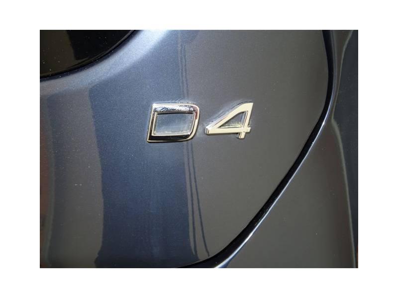 Volvo V40 Cross Country 2.0 D4   Auto Momentum