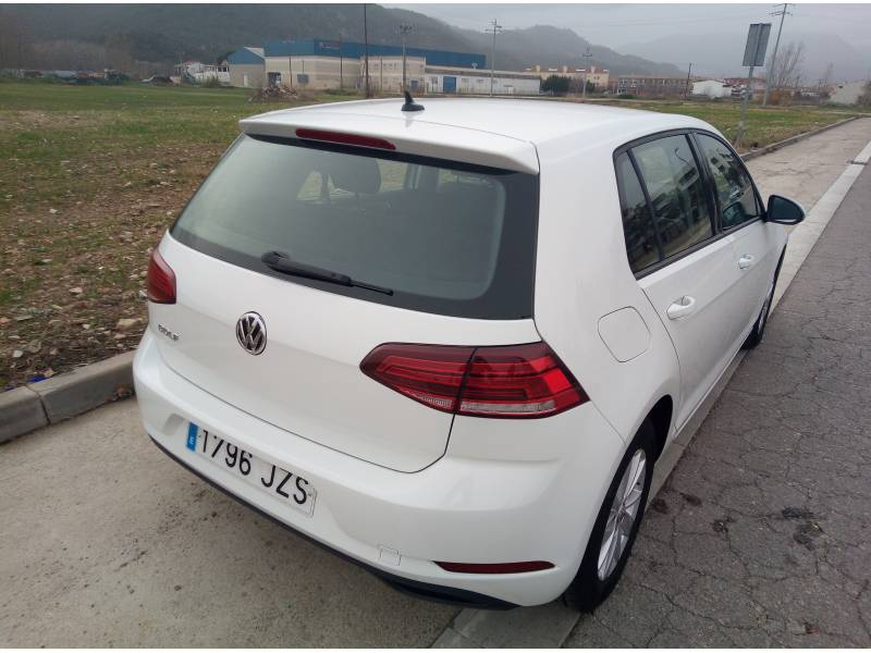 Volkswagen Golf 1.6 TDI Business