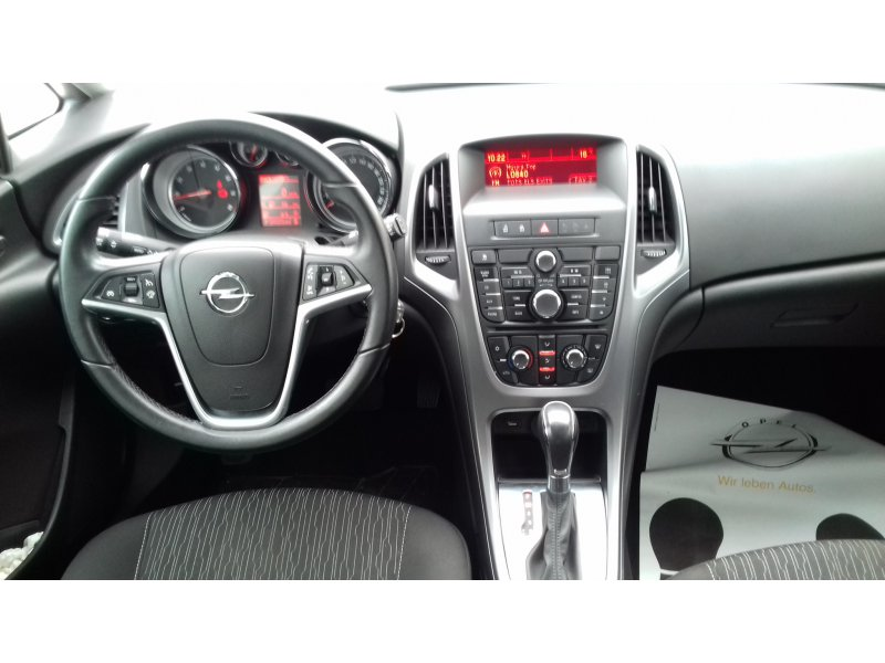 Opel Astra Sports Tourer 1.4 Turbo ST AUTOMATICO Selective
