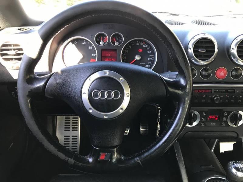 Audi TT 1.8T -