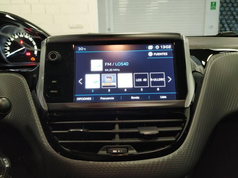 Peugeot 208 5P ALLURE 1.2L PureTech 110 S&S Allure