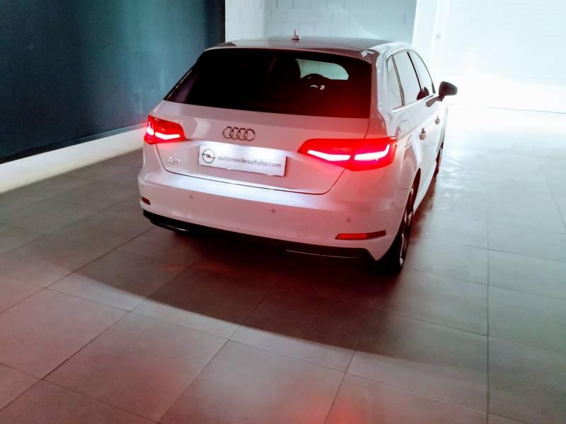 Audi A3 Sportback 1.4 TFSI e-tron S tro Ambition