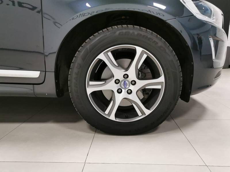 Volvo XC60 2.0 D4   Auto Summum