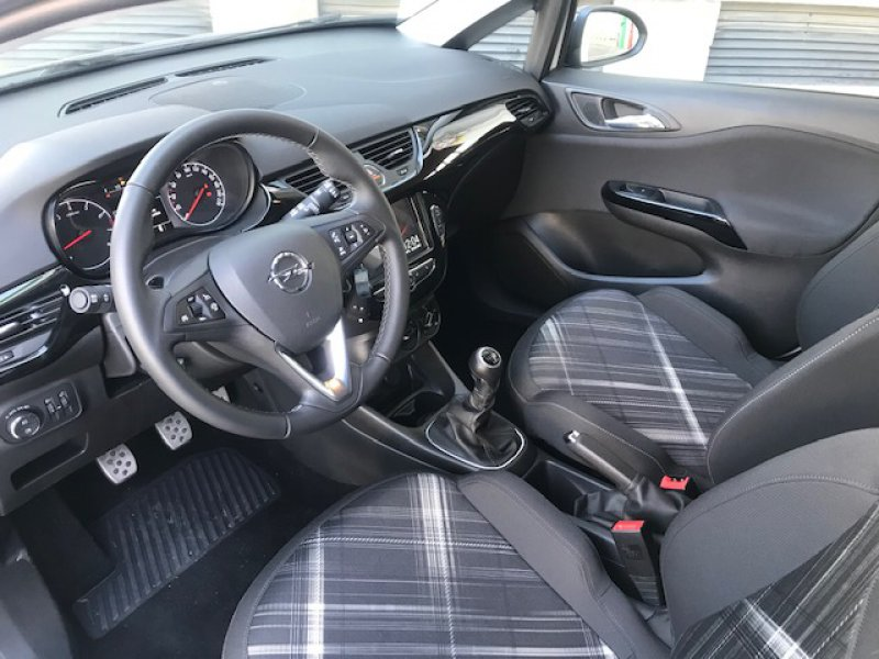 Opel Corsa 1.4T 100CV Design Line