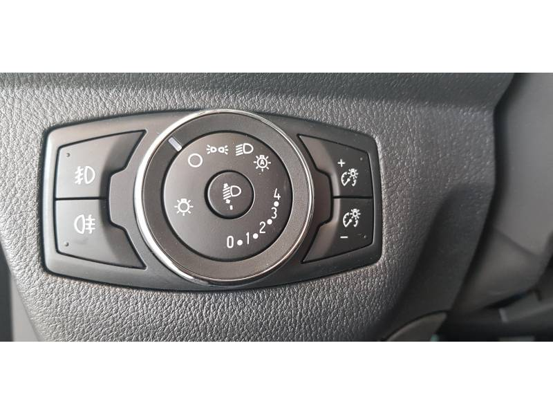 Ford Transit Courier Kombi 1.5 TDCi 100CV Trend
