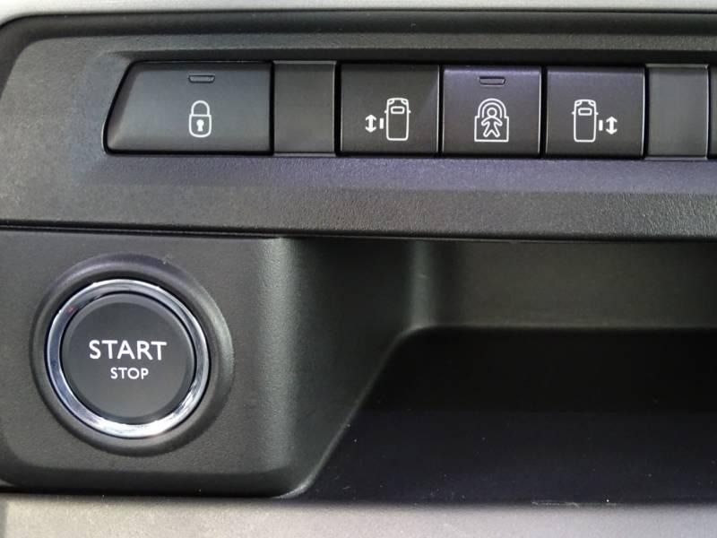 Peugeot Traveller BlueHDi 110KW (150CV) Standard Allure