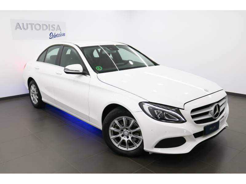 Mercedes-Benz 220 1.2