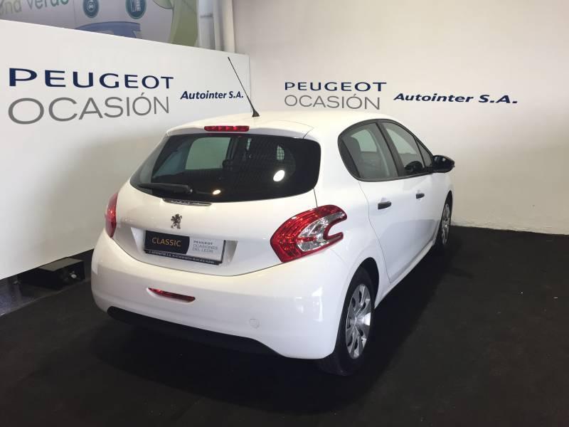 Peugeot 208 XAD 1.4