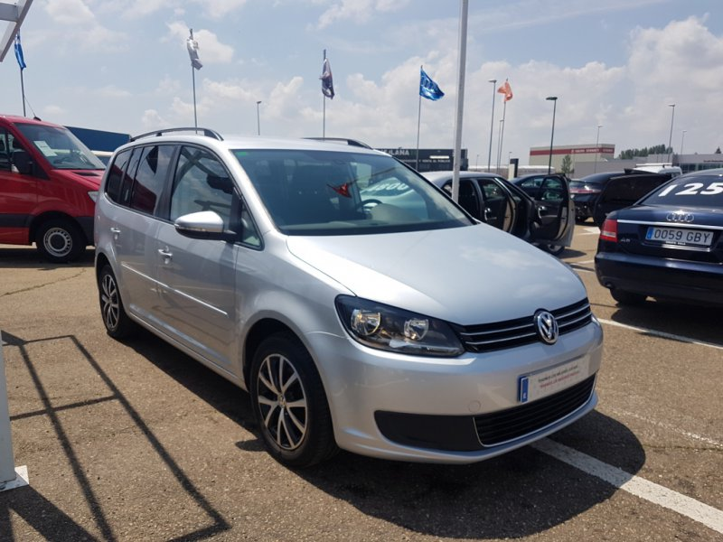 Volkswagen Touran 1.6 TDI 105cv Tech Edition Bluemotion
