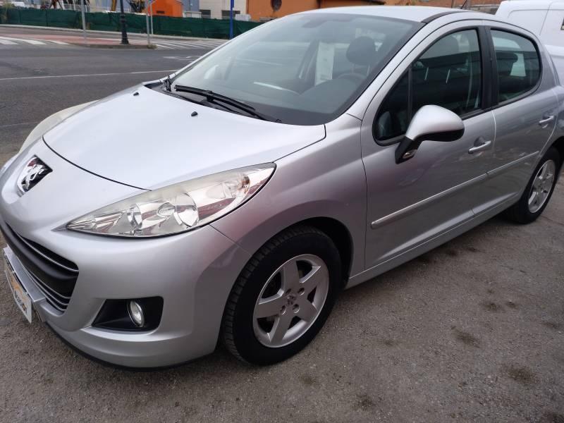 Peugeot 207 1.6 HDI XT