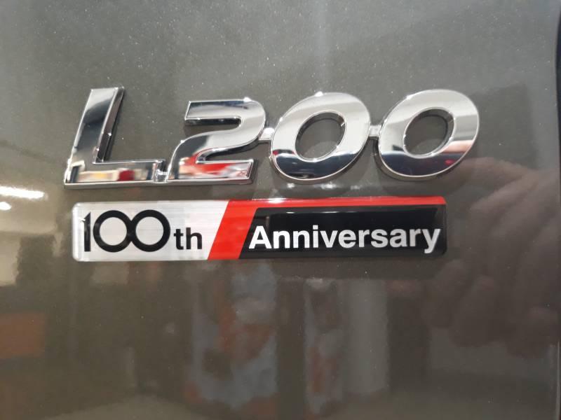 Mitsubishi L200 250 Di-D D/C Motion