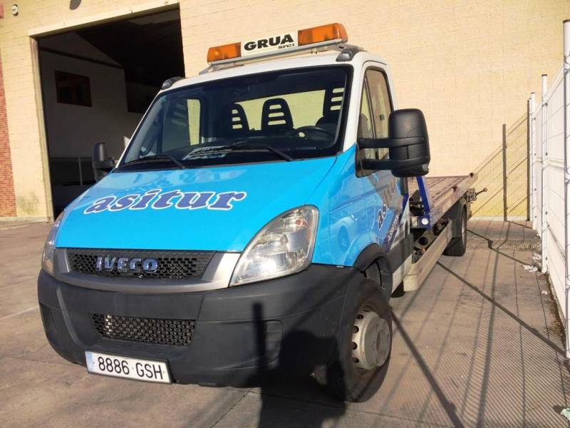 Iveco Daily 150 CV PORTACOCHES
