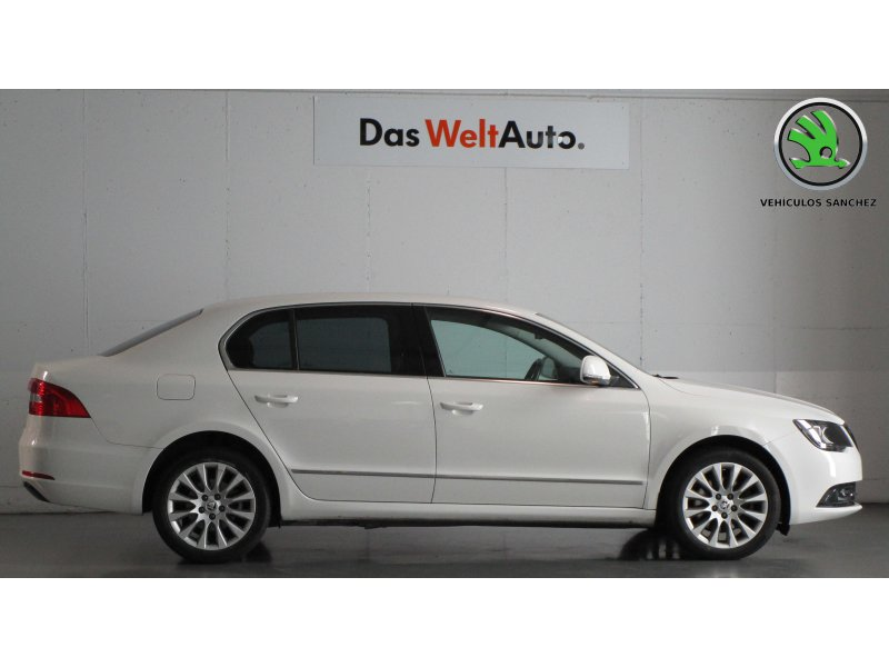 Skoda SuperB 2.0 TDI CR 140cv Elegance