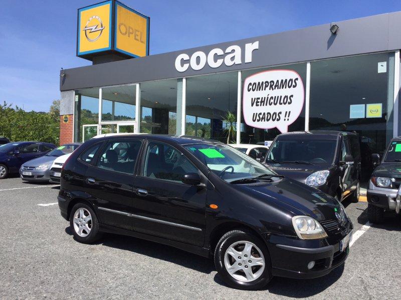 Nissan Almera Tino 2.2dCi 112 CAM Nav Acenta