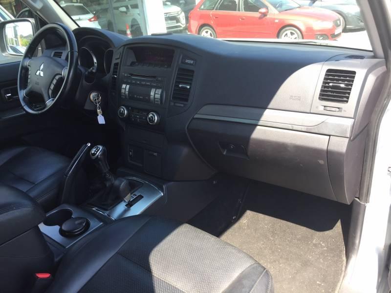 Mitsubishi Montero 3200
