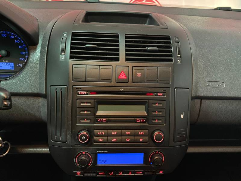 Volkswagen Polo 1.4   80cv Advance