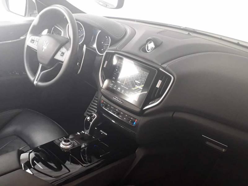 Maserati Ghibli V6 275 HP D RWD Granlusso