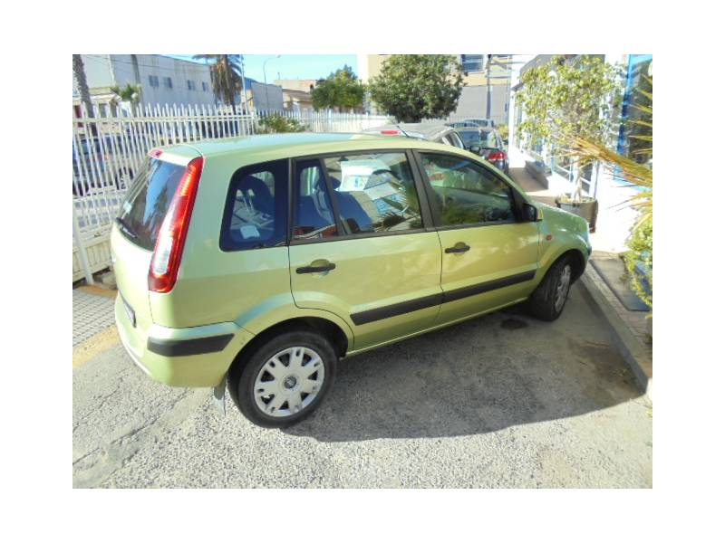 Ford Fusion 1.4 80cv Trend