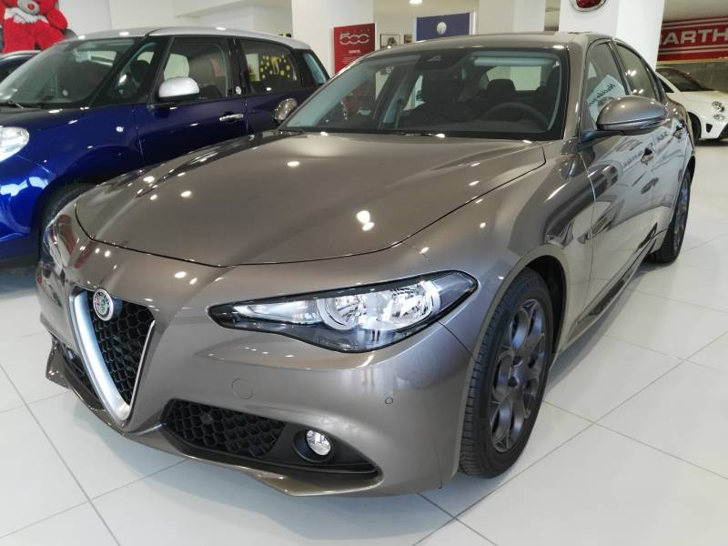Alfa Romeo Giulia 2.2 Diesel 100 kW (136CV) Giulia