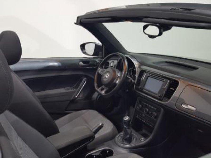 Volkswagen Beetle Cabrio 1.6 TDI 105cv Design