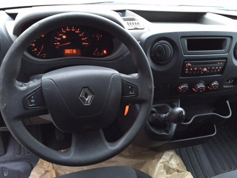 Renault Master Euro 5 de 4 cilindros, 2.300 cc y 150 Cv.