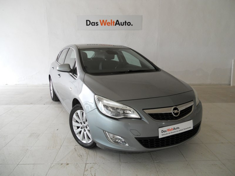 Opel Astra 1.7 CDTI COSMO 110 CV Enjoy