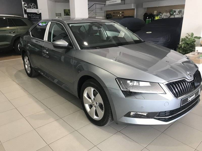 Skoda SuperB 2.0 TDI 110KW (150cv) Ambition