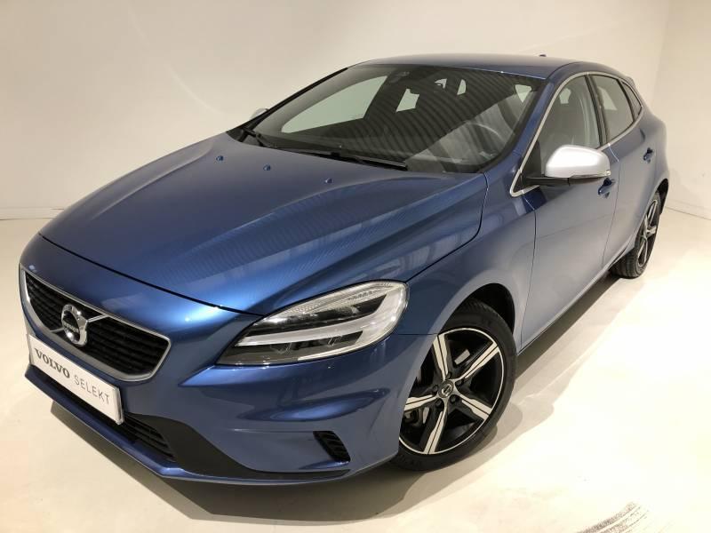 Volvo V40 2.0 T3   Auto R-Design Momentum