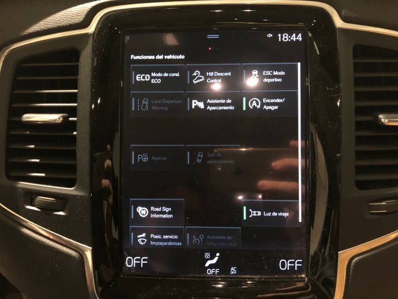 Volvo XC90 2.0 D4   5 Asientos Auto Momentum