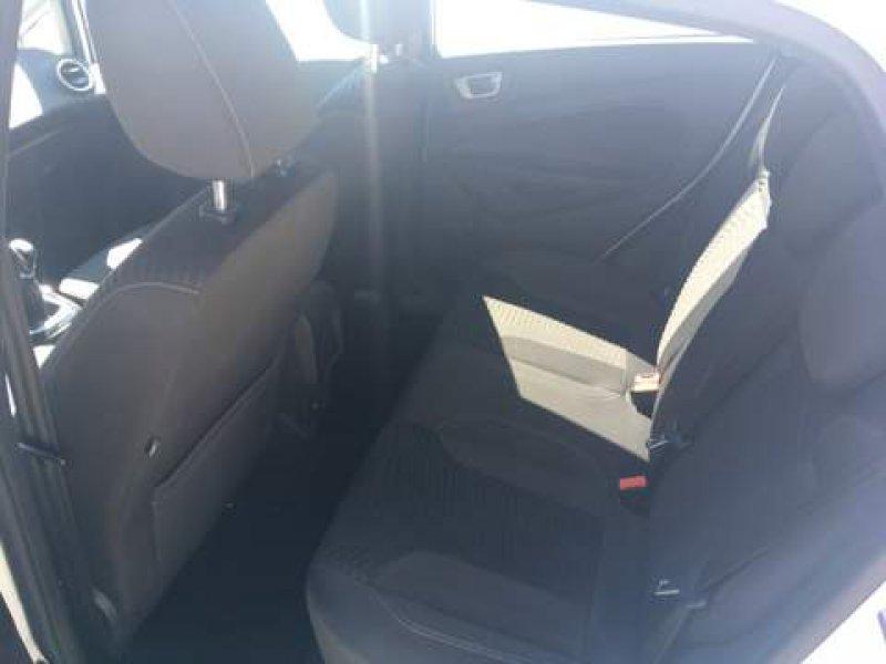 Ford Fiesta 1.6 TDCi 95cv 5p Titanium