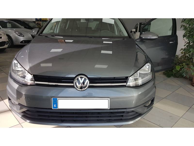 Volkswagen Golf & Navi 1.6 TDI DSG Business