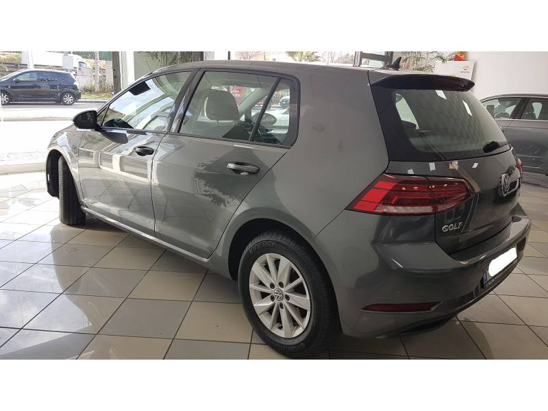 Volkswagen Golf & Navi 1.6 TDI DSG Business