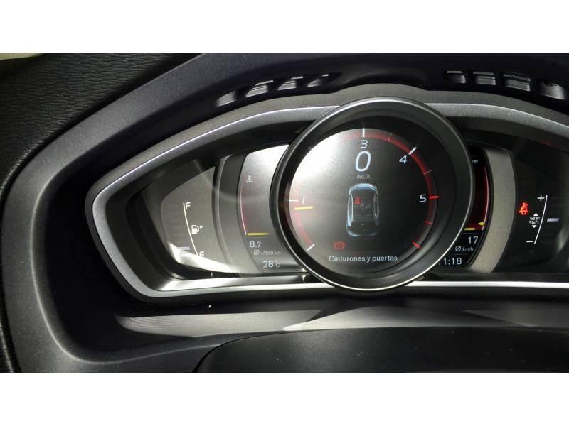 Volvo V40 D3 INSCRIPTION
