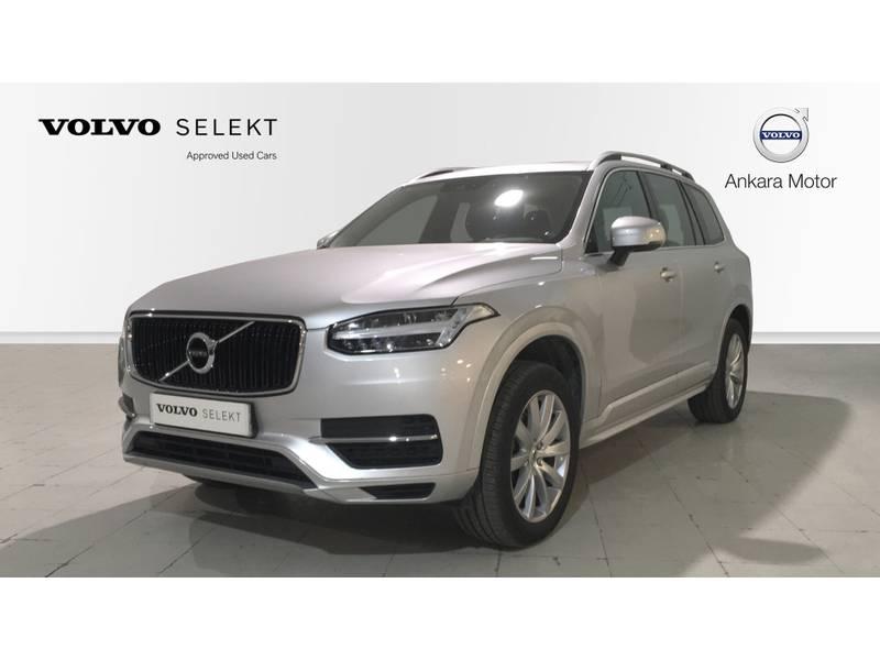 Volvo XC90 D5 Momentum Automático