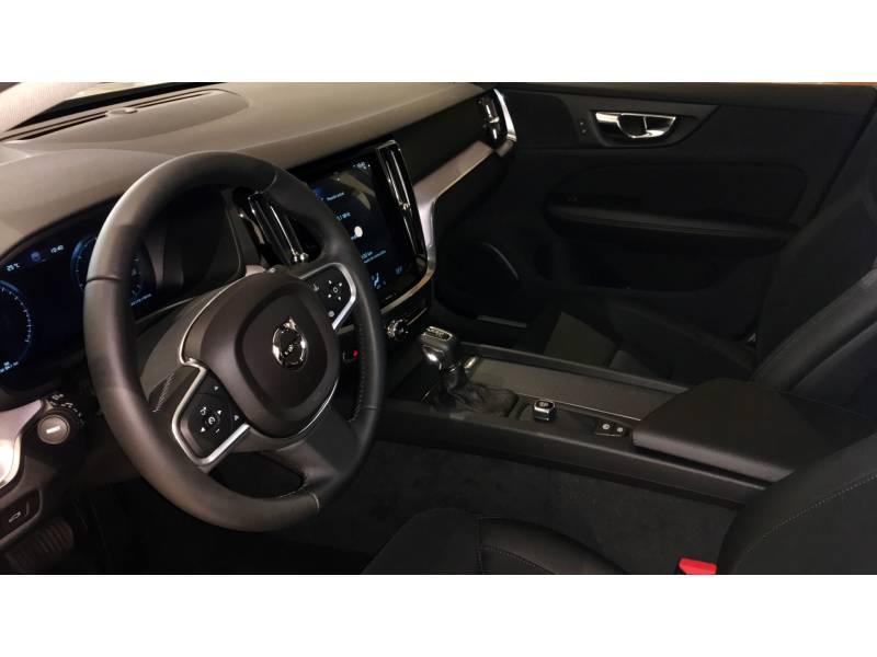 Volvo V60 D4 Momentum Automático