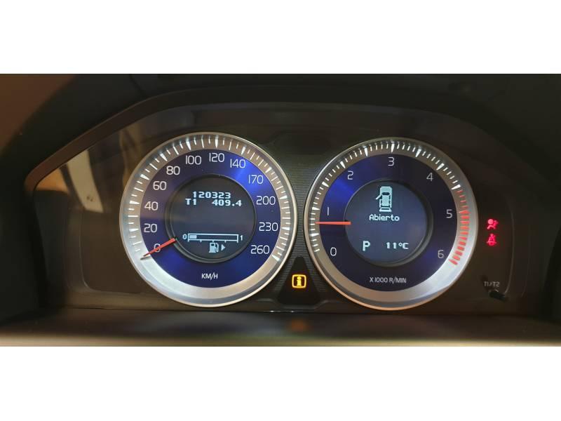 Volvo XC60 2.0 D3 R-Desgn Auto R-Design