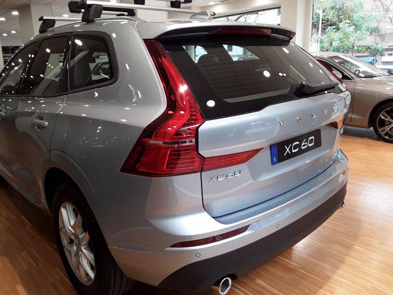 Volvo XC60 2.0 T5 AWD Auto Momentum