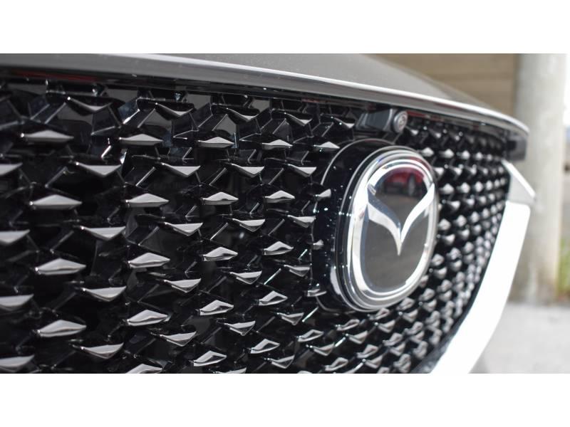 Mazda CX-30 Skyactiv-G  Mild Hybrid 2.0 (122cv) 2WD etiqueta ECO Zenith Black Safety