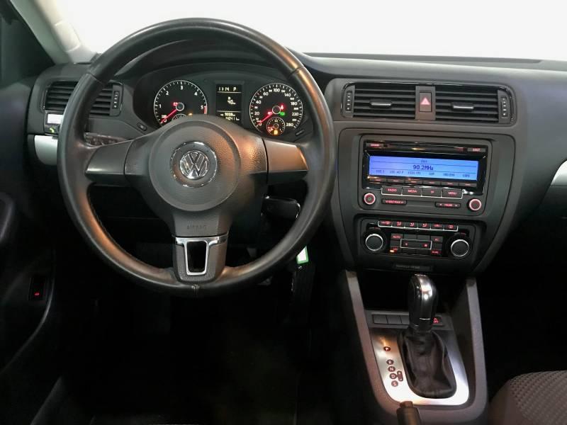 Volkswagen Jetta 1.6 TDI 105cv DSG Sport
