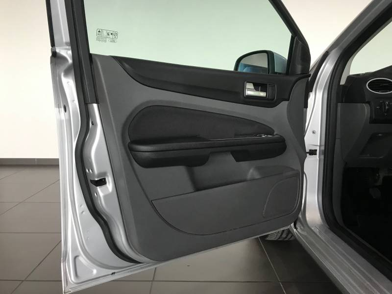 Ford Focus 1.6 TDCi 90cv Trend