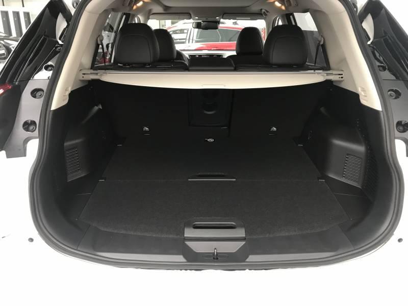 Nissan X-Trail 5P DIG-T 120 kW (160 CV) E6D DCT TEKNA