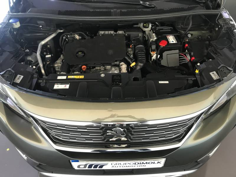 Peugeot 5008 BlueHDi 96kW (130CV) S&S EAT8 Allure