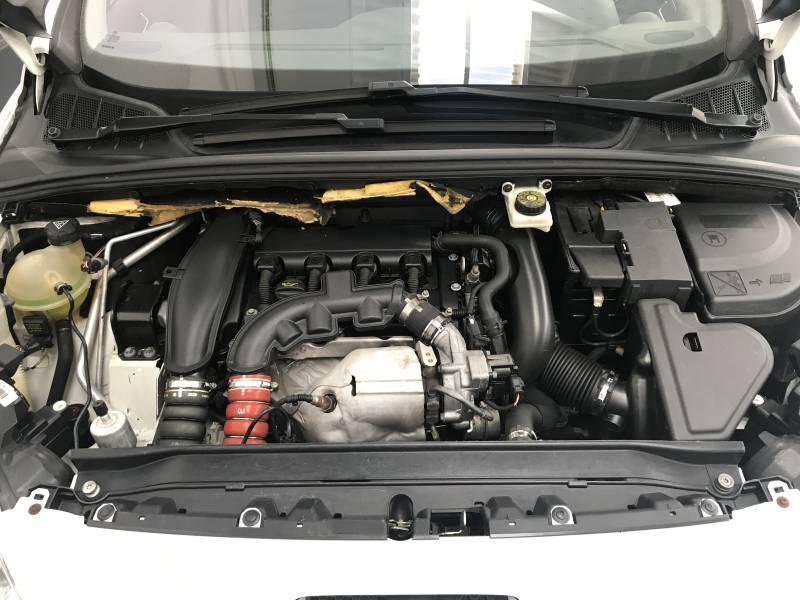 Peugeot 308 1.6 THP 156 6 velocidades Premium