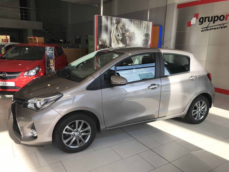 Toyota Yaris 100 ACTIVE Active