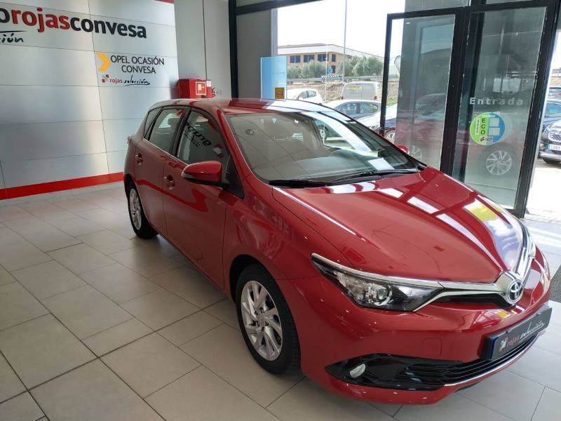 Toyota Auris 1.4 90D Active