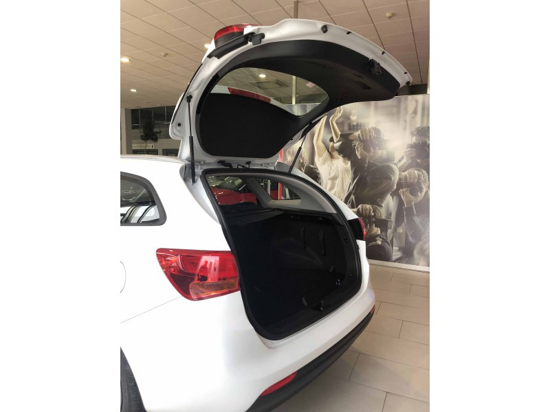 KIA cee'd Sportswagon 1.6 CRDi VGT 81kW (110CV) Business
