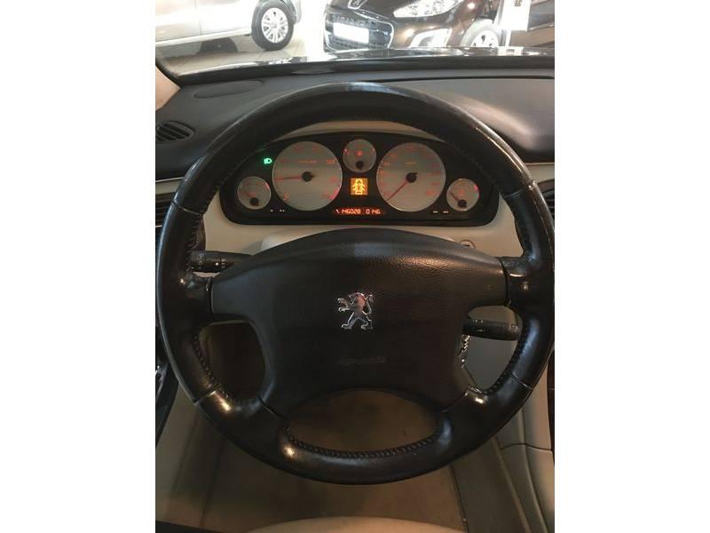 Peugeot 607 2.2i