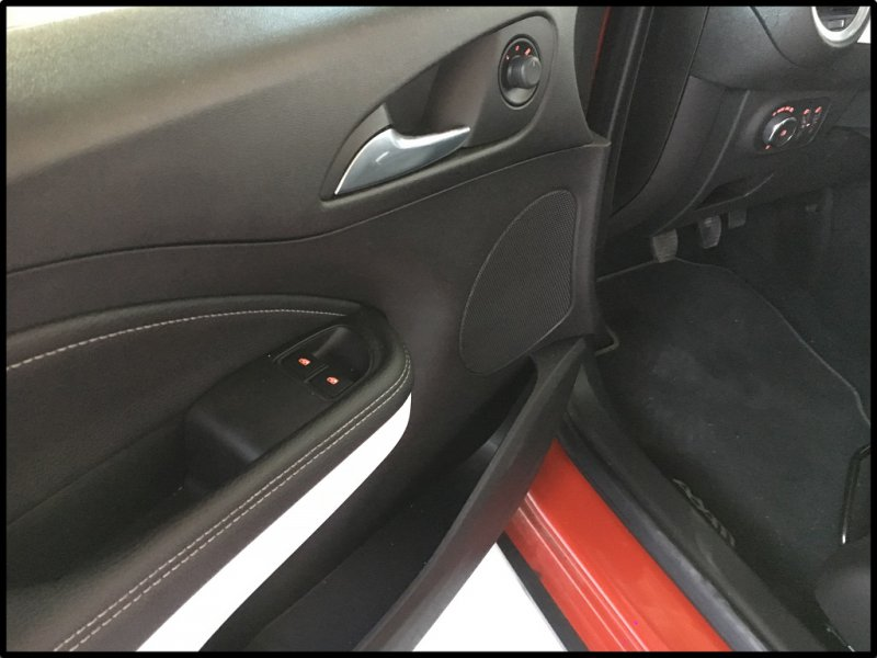 Opel Adam 1.4 XER ROCKS