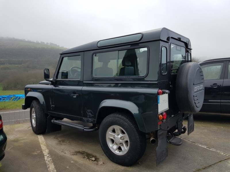 Land Rover Defender 90 2.5 122 CV E