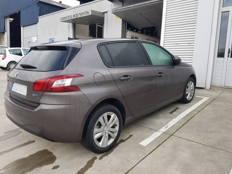 Peugeot 308 5p   BlueHDi 73KW (100CV) Business Line